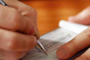 Работа ООО и ИП без кассового аппарата: образец товарного чека, его особенности и законодательные требования